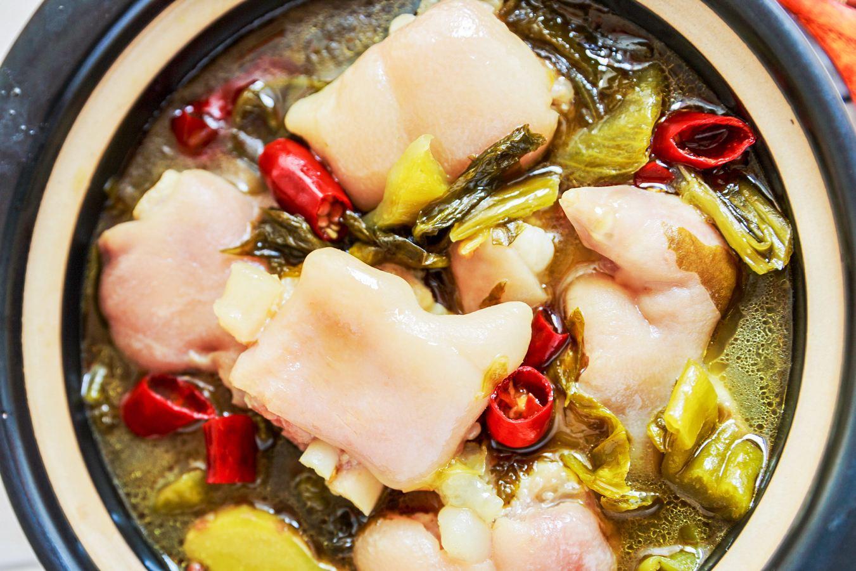 酸菜炖猪蹄