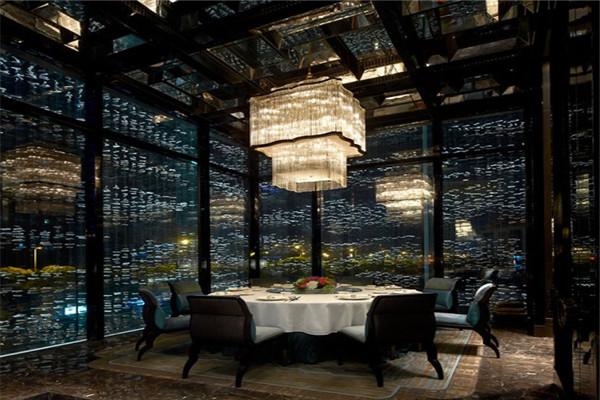 招聘信息:上海浦东四季酒店招聘厨房一线工作人员