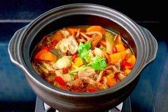 榛蘑胡萝卜鸡汤,鲜美无比又营